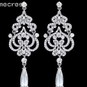 Jewelry - BNWOT bridal chandelier crystal statement earrings
